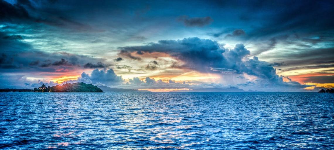 Bora Bora french Polynesia sunset